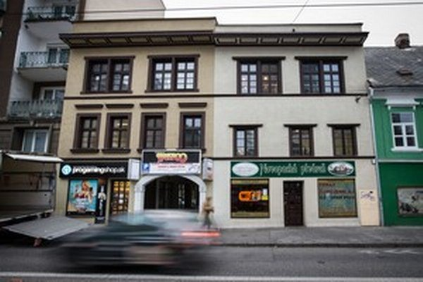 Tu prenajali priestory pre úradníkov za ministerky práce Viery Tomanovej.