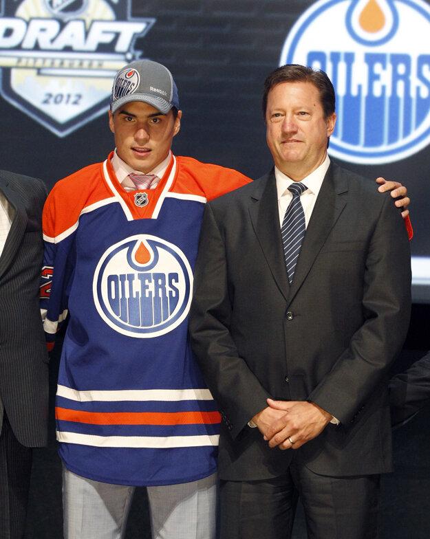 Sľubovali si od neho veľa. Draftová jednotka z roku 2012 sa však v Edmontone výrazne nepresadila.