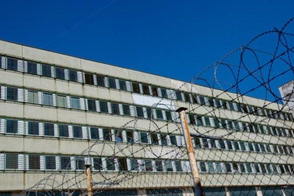 Nemocnica alias väzenie.