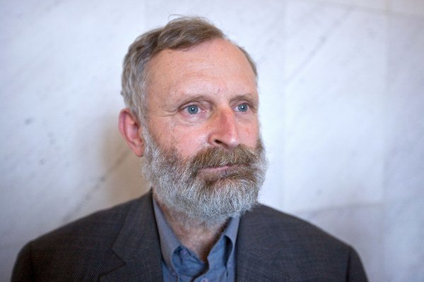 Mikuláš Huba.