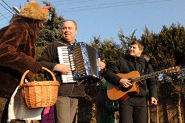 V niektorých mestách a obciach regióny vyvrcholia fašiangy už počas víkendu.