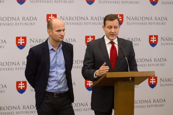 Gábor Grendel a Daniel Lipšic.