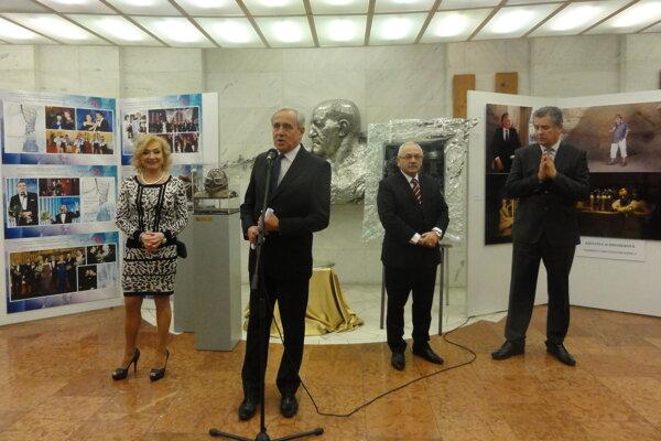 Zľava autorka a realizátorka myšlienky Mária Vaškovičová, Ján Greššo, Peter Bielik a Jozef Dvonč.