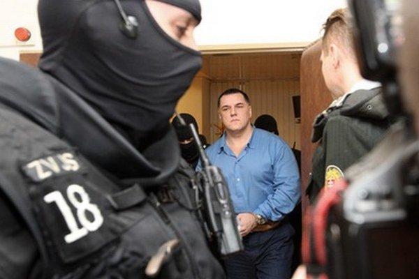 Mikuláš Černák na súde.