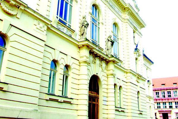 Krajský súd v Nitre.