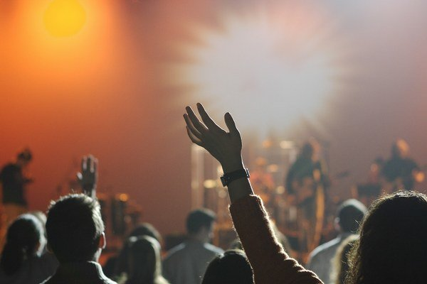 Rizikové sú koncerty a uzavreté priestory.