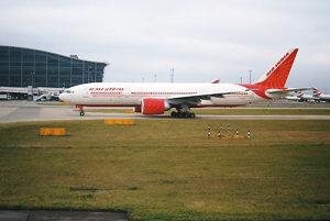 Boeing 777-200 Air India.