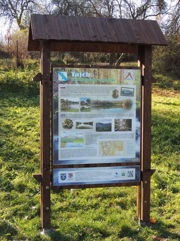 O ekosystéme vody v prírode informujú verejnosť náučné tabule.