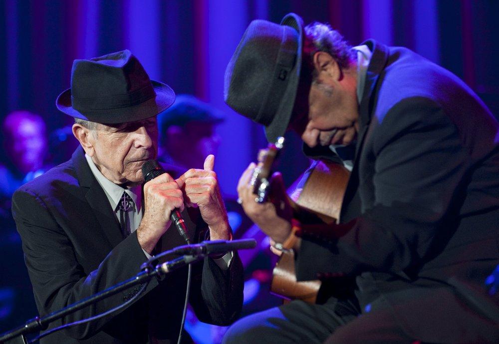 Spevák Leonard Cohen počas svojho vystúpenia v Bratislave v roku 2009. FOTO - TASR