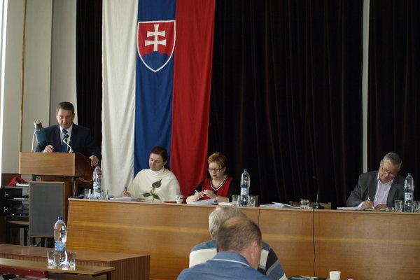 Fotografia z aprílového zastupiteľstva (ilustračné foto)