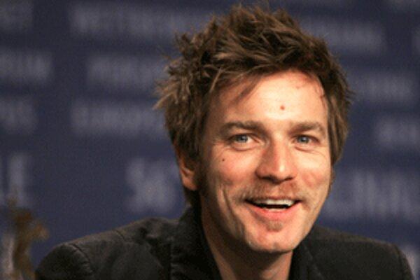 Americký film Ghost Writer, v ktorom hrá Ewan McGregor, premieta v nedeľu novácke kino.