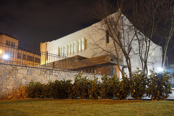 Zrekonštruovaná Nová synagóga.