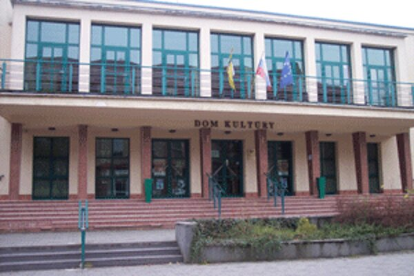 Kultúrne a spoločenské stredisko v Prievidzi sa vráti k svojmu názvu Dom kultúry.