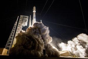 Štart rakety Atlas V.