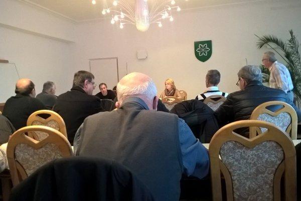 Stretnutie so zástupcami jednotlivých záhradkárskych osád sa konalo 16. novembra vpriestorom mestského úradu.