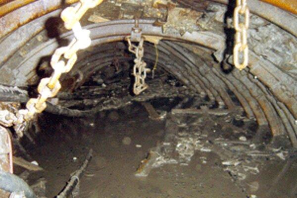 V zavalenej banskej chodbe prišli v roku 2006 o život štyria chlapi.
