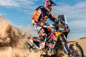 Toby Price na motocykle KTM bol minulý rok celkovým víťazom Rely Dakar.