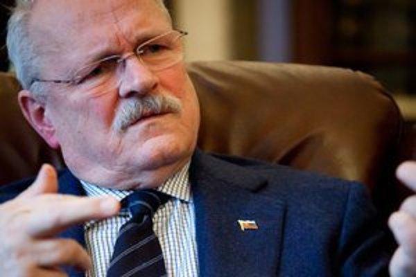 Ivan Gašparovič má rád drsný humor, hovorí prezidentova manželka.