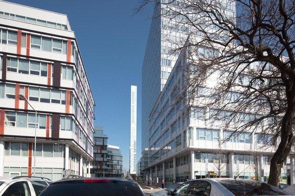 Cena za tieto budovy sa pri predaji rátala na desiatky miliónov eur.