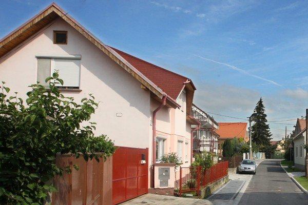 O dotáciu sa bude dať požiadať na rodinné domy, ktoré boli zateplené po 31. decembri 2014, žiadosti môžu záujemcovia odoslať pred zateplením no aj po ukončení prác.
