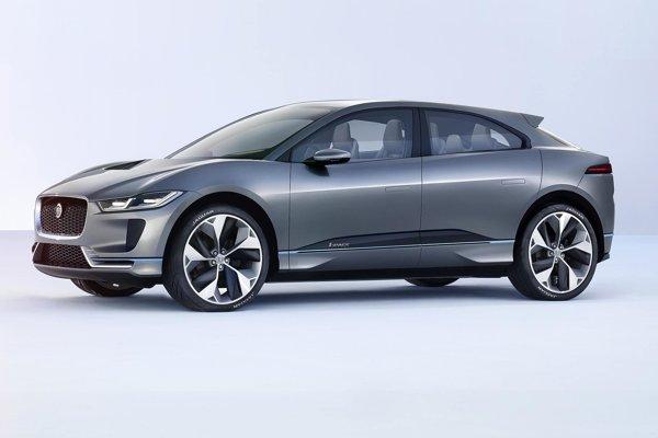 Koncepčný elektromobil Jaguar I-Pace Concept. Štúdiu športovo-úžitkového elektromobilu, ktorý sa v sériovej podobe objaví v roku 2018, predstavil Jaguar na autosalóne v Los Angeles.
