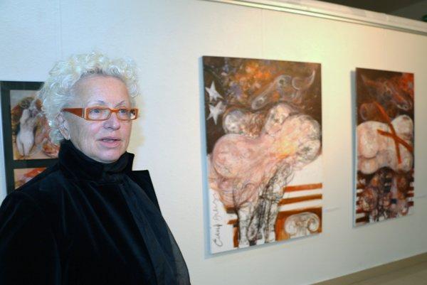 Emília Jakubisová má výstavu v Regionálnom kultúrnom centre v Prievidzi.