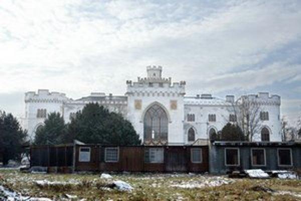 Budova kaštieľa v Rusovciach.