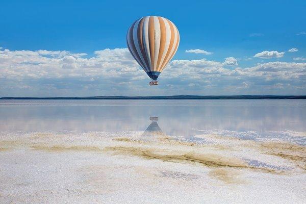 Ak by sme vás dlho presviedčali, možno by ste si spomenuli na niečo, čo sa nikdy nestalo. Napríklad že ste v detstve zažili let balónom.