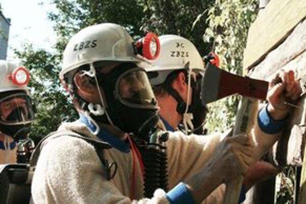 Banskí záchranári v akcii.