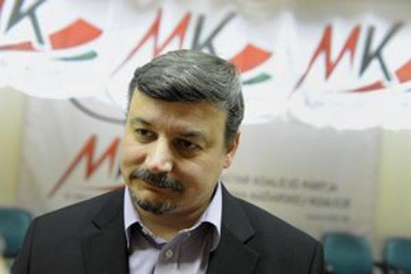 Predseda SMK József Berényi.
