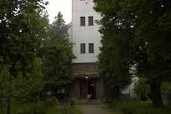 Kostol v Záturčí.