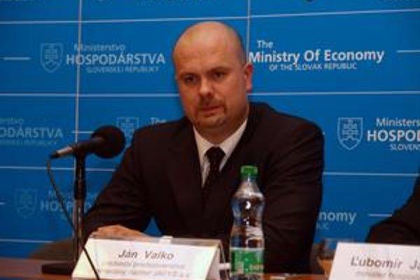 Ján Valko spolupracoval s ministrom hospodárstva Ľubomírom Jahnátkom. Zrejme ho teraz nenahradí.