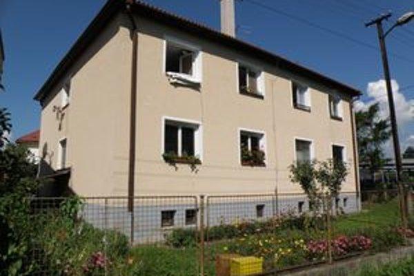Nájomníci bytovky by mali byty získať do vlastníctva.