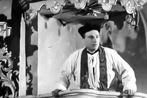 Kazateľnica z čimhovského kostola vo filme Živý bič.