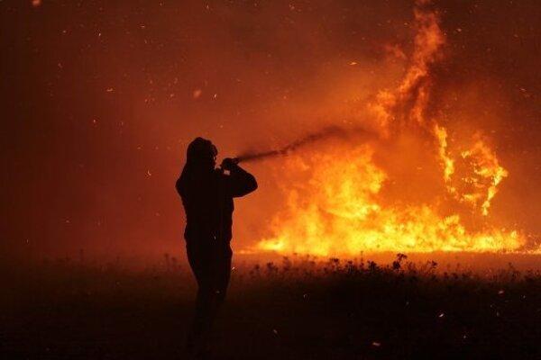 Pri požiaroch vroku 2015 bolo usmrtených 12 osôb a33 bolo zranených. (ilustračná snímka)