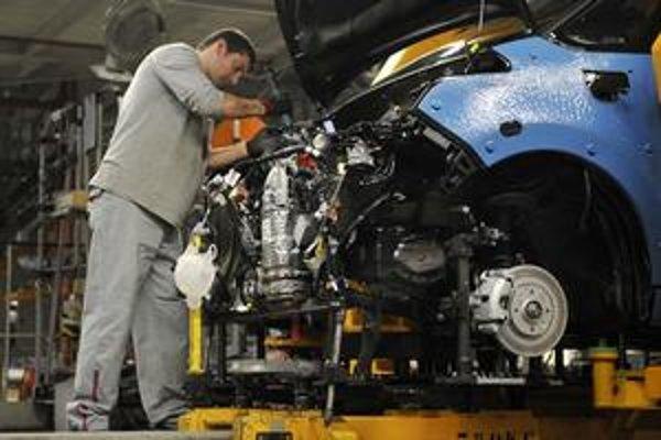 Podniky sa sťažujú, že je u nás málo kvalifikovanej pracovnej sily.