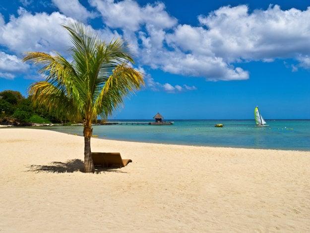 Maurícius má takmer dvesto kilometrov rozprávkových pláží.