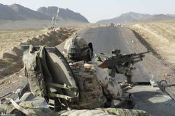 Slovenský konvoj v Afganistane.