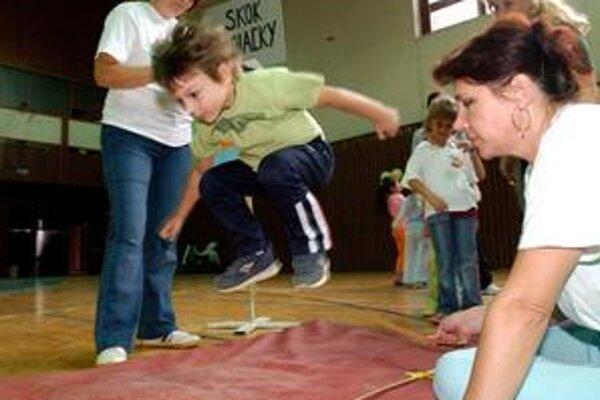 Okrem skoku do diaľky či tradičného behu sa na telocvik dostane aj zumba alebo pilates.