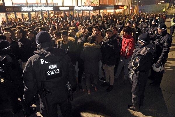 Polícia v kolínskych uliciach.