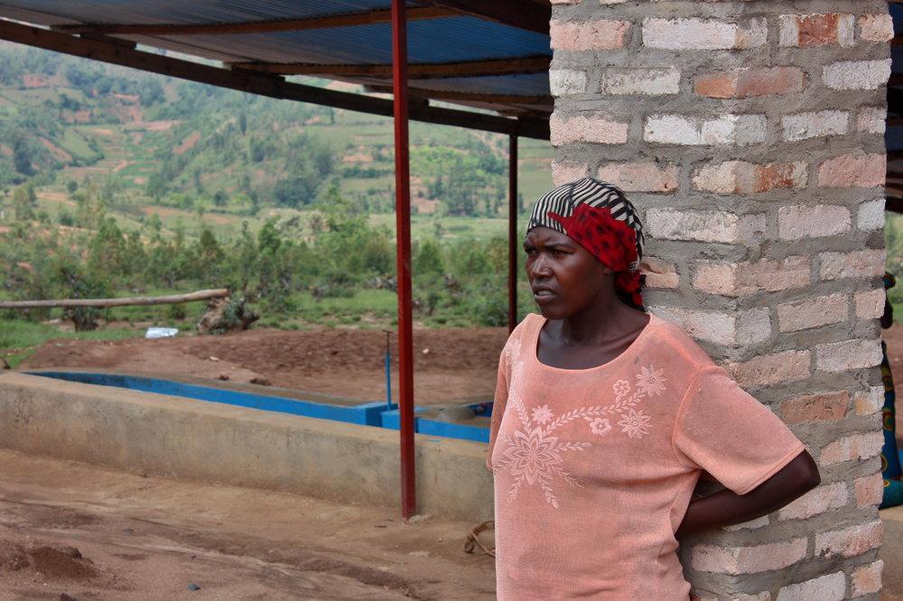 Veneranda Nyirasabimanová zo začiatku s pridaním sa k družstvu váhala. Dnes si to pochvaľuje.