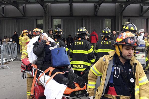 Nehoda si vyžiadala najmenej sto zranených