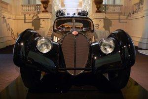 Druhý zachovaný exemplár Bugatti 57 SC Atlantic vlastní módny návrhár Ralph Lauren.