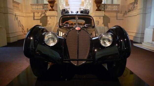 Druhý zachovaný exemplár Bugatti 57 SC Atlantic vlastní módny návrhár, Ralph Lauren.