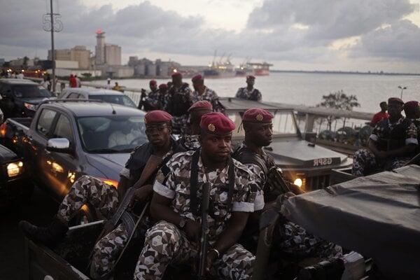 Ozbrojené zložky v Pobreží Slonoviny.