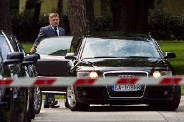 Robertovi Ficovi sa stretnutie na Úrade vlády nepáčilo.