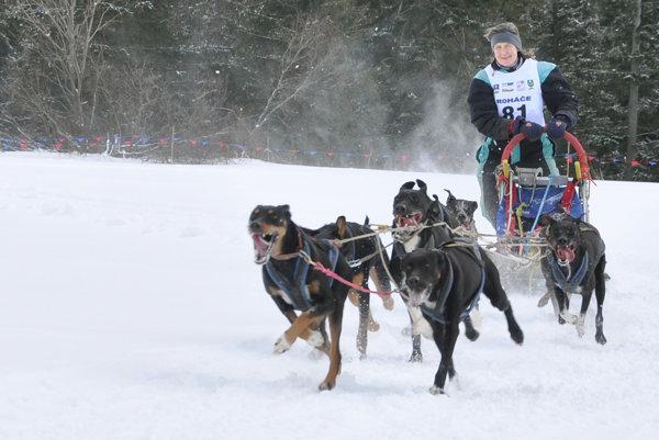 Hela Levčíková na trati svetového pohára v Zuberci.