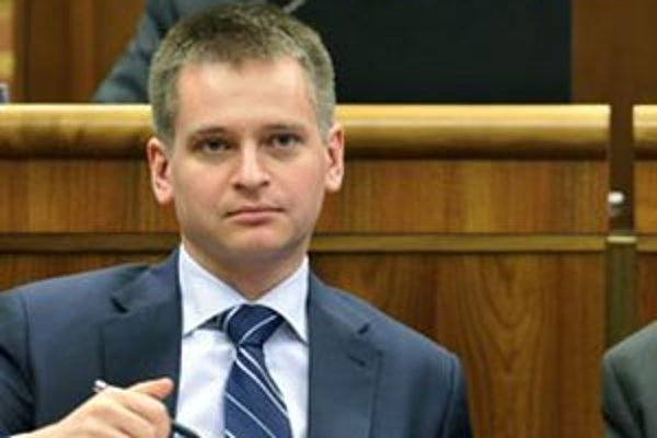 Martin Chren počas rokovania 16. schôdze parlamentu 22. marca 2011 v Bratislave.
