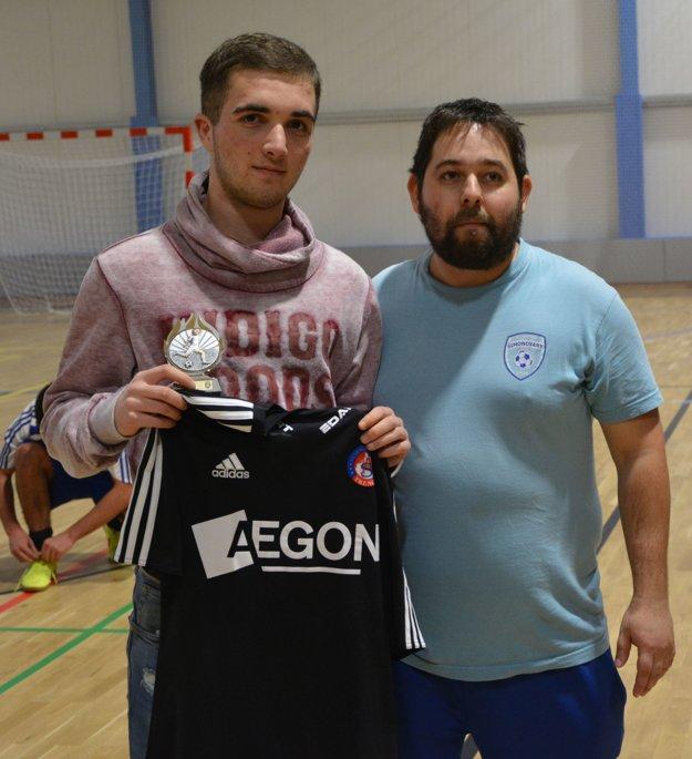 Najlepší hráč: Jakub Lacena (vľavo) - OTJ Horné Obdokovce.