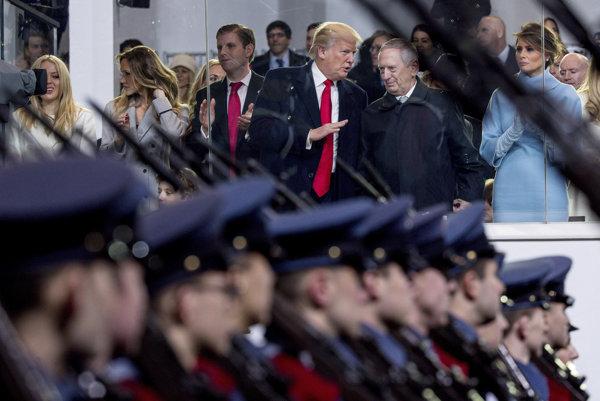 Americký prezident Donald Trump a minister obrany James Mattis.